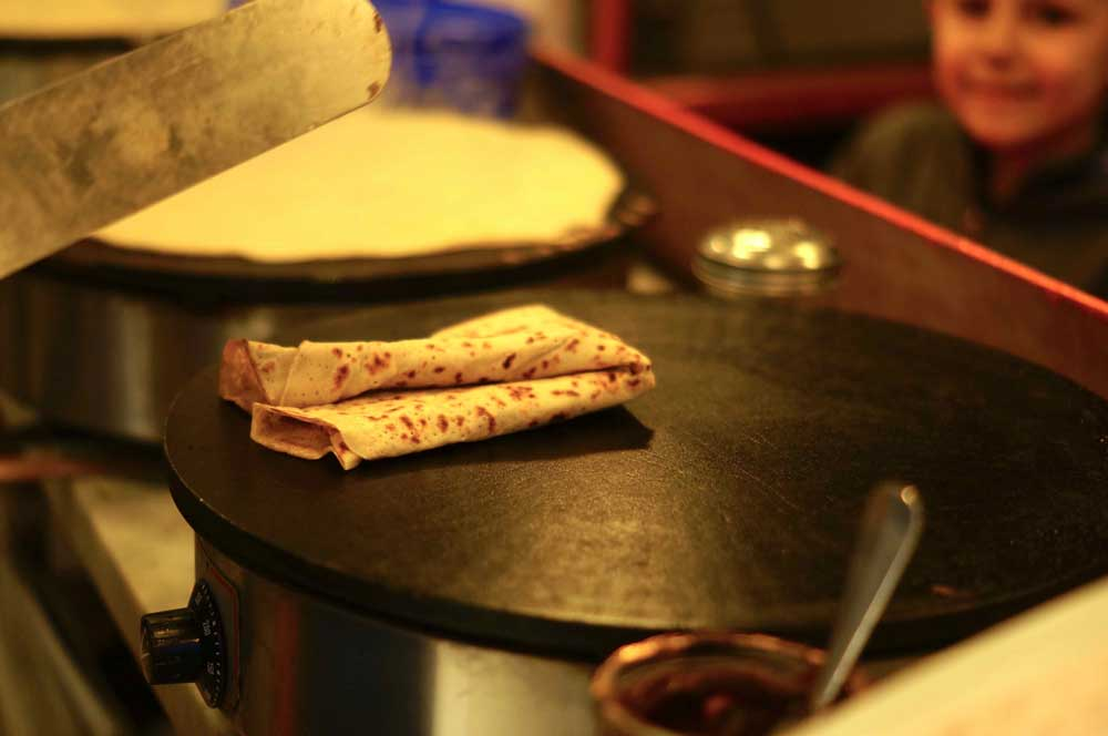 crepe-making-salcombe-crepes